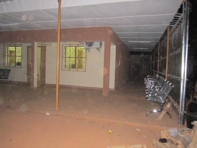 Hôpital Yalgado Ouédraogo de Ouagadougou : la maternité fermée du 2 au 3 février 2013 pour désinfection chimique.