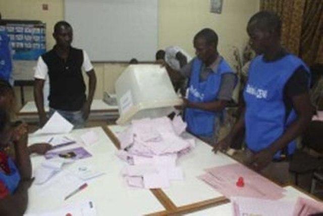 Dissolution des conseils municipaux et régionaux du Burkina Faso