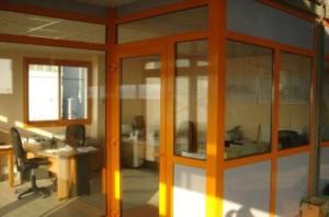 Des vitres,de la menuiserie-aluminium pour vos maisons et bureaux