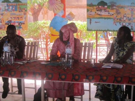 Vue partielle du praesidium de la conférence de presse du CNA le 25 février 2013 au maquis le festival à Ouagadougou.Labor pictures.