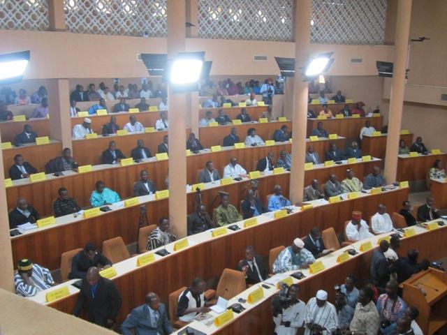 Des députés entre le marteau et l'enclume sur la question du vote pour la modification du mandat présidentiel burkinabè.