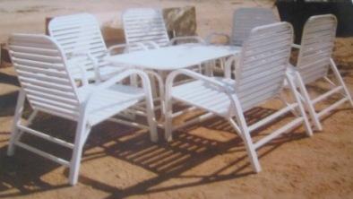 Des chaises métalliques pour vos jardins et terrasses.