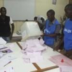 Suite à des quérelles intestines qui bloquaient le fonctionnement de 6 communes,le gouvernement burkinabè a décidé de leur dissolution pour une reprise des municipales .Le scrutin qui s'est déroulé le 23 février 2014 a enregistré un taux de participation de 60,85%.