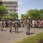 L'immeuble de l'éducation devant lequel des élèves manifestaient face aux forces de l'ordre. Images d'archives Labor.