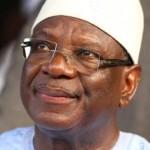 Ibrahim Boubacar Keita,félicité par François Hollande pour sa victoire à la présidentielle 2013 .
