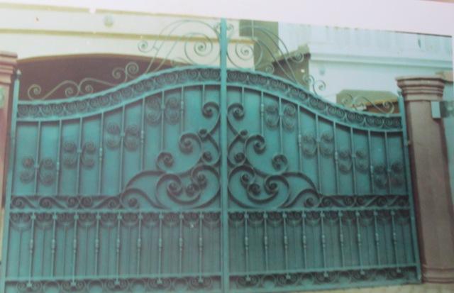 Des portails de tous genres pour vos édifices à confectionner chez EBF.