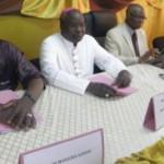 Des personnalités burkinabè créditées d'un esprit de dialogue et de paix,signataires de la présente déclaration,voulaient concilier opposition et pouvoir pour une transition pacifique au Burkina Faso..Hélas c'est l'échec de la médiation.