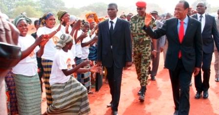 Foire de Sindou : une foule en liesse accueille le Président du Faso