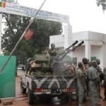 Entrée du camp militaire de Kati, siège de l'ex-junte, près de Bamako, Mali, en octobre 2013. AFP PHOTO/HABIBOU KOUYATE