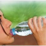 Si vous êtes soigné pour l'hypertension artérielle, augmentez votre apport quotidien en boissons.