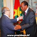 Le président du Faso, Blaise Compaoré, a reçu en audience, le mercredi 9 juillet 2014, au palais présidentiel, le ministre des Affaires étrangères de l'Algérie, Ramtane Lamamra(à gauche).