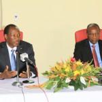 Les présidents Compaoré (à gauche) et Condé pour un renforcement de la coopération sud-sud.