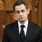 Le mardi matin, 1er juillet 2014, Nicolas Sarkozy a été placé en GAV dans l'heure qui a suivi son arrivée dans les locaux de la police judiciaire de Nanterre. Il est soupçonné de « trafic d'influence » et « violation du secret de l'instruction » sur la base d'écoutes téléphoniques.