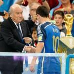 Si même Blatter a du mal à y croire...