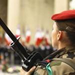 Un militaire  français mis en examen pour avoir filmé des collègues femmes sous la douche