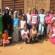 L'association ADEP sensibilise de jeunes filles sur la planification familiale à Ouagadougou.