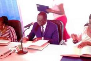 Conseil Supérieur de la Communication (CSC) du Burkina:passation de service entre  Béatrice Damiba et  Nathalie Somé