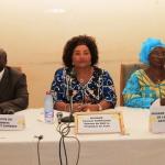 « Dans la croisade contre les pratiques traditionnelles néfastes », a dit Chantal Compaoré(au milieu), « je salue la volonté du Gouvernement burkinabè qui traduit, à chaque nouvelle étape, ses engagements en actions concrètes ».