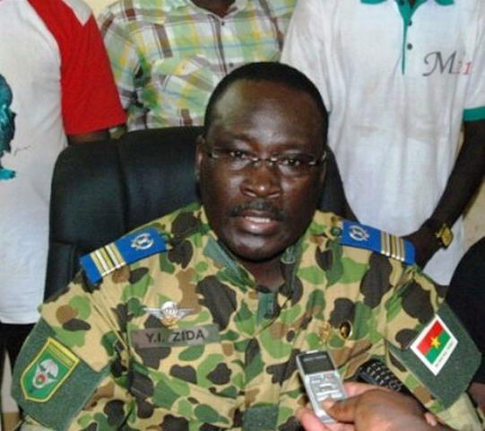 Lieutenant-colonel Yacouba Isaac ZIDA,nouveau Chef d'Etat du Burkina Faso à compter du 1er Novembre 2014 pour une transition démocratique.