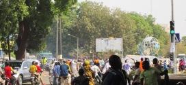 Embouteillage précoce au rond-point des nations-unies de Ouagadougou avant même les fêtes de fin d'année 2014!