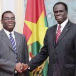 Le Président du Faso, Monsieur Michel KAFANDO (à droite) et le vice-président de la Banque africaine de développement (BAD), Monsieur Janvier K. LITSE.