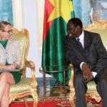 Concernant les états généraux de la justice envisagés par les nouvelles autorités burkinabè, Madame Hélène Le GAL a indiqué que « la France est prête à apporter son expertise en la matière, tout comme pour les élections à venir où l'Organisation internationale de la Francophonie (OIF) pourrait accompagner le Burkina avec une assistance technique ».