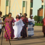 Des djandjoba et danses acrobatiques urbaines au menu du festival de danse Irène Tassembédo à Ouagadougou.