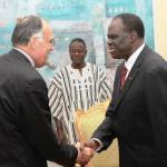 Le Représentant spécial de l'UE a  souhaité que ce processus se termine dans le délai imparti. Par ailleurs,  il a salué les avancées du Burkina en matière de stabilité et de lutte contre la corruption.