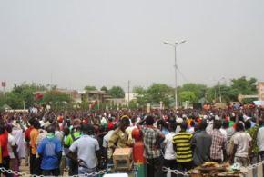 25 avril 2015 : Meeting de soutien à la transition à Ouagadougou