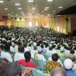Des délégués d'anciens du MPP venus des 45 provinces du Burkina pour leur première convention nationale le 23 Mai 2015 à Ouagadougou dans une salle pleine à craquer.