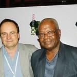 Le professeur Donatien Mavoungou (à droite).