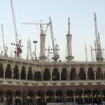Les grues entourent la Grande Mosquée de La Mecque, le 5 janvier 2013. REUTERS/Amr Abdallah Dalsh/Files