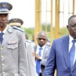 Le président Macky Sall(à droite) médiateur de la CEDEAO  et le général de brigade Gilbert Diendéré pour un compromis pour la sortie de crise au Burkina.
