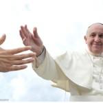 Pape François a publié le 8 septembre 2015,des décisions concernant les procès canoniques en nullité de mariage.   .Il y aura un juge unique sous la responsabilité de l'évêque qui voit son rôle renforcer puisqu'il devra s'assurer que le juge ne soit pas laxiste. L'évêque peut même occuper la fonction de juge dans certains cas ou dans les petits diocèses. Il est ainsi, de droit, le juge dans le cas d'un procès dont la procédure est écourtée. Ce procès bref peut avoir lieu quand l'accusation de nullité de mariage est soutenue par des arguments particulièrement évidents.