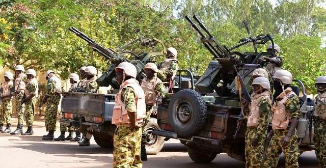 Sécurité:interdiction de circuler à motos et automobiles dans la frontière nord du Burkina près du Mali de 17h à 6h T.U