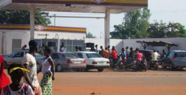 Hydrocarbures au Burkina: un nouveau mécanisme de fixation des prix adopté en 2019 en fonction des fluctuations sur le marché mondial.