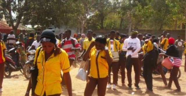 Congés scolaires du premier trimestre 2016 au Burkina:du 22 décembre 2016 au 3 janvier 2017 inclus