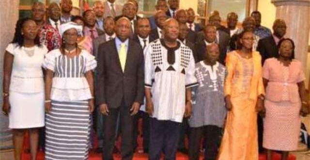 Conseil des ministres du 1er juin 2016: les membres de la commission institutionnelle du Burkina