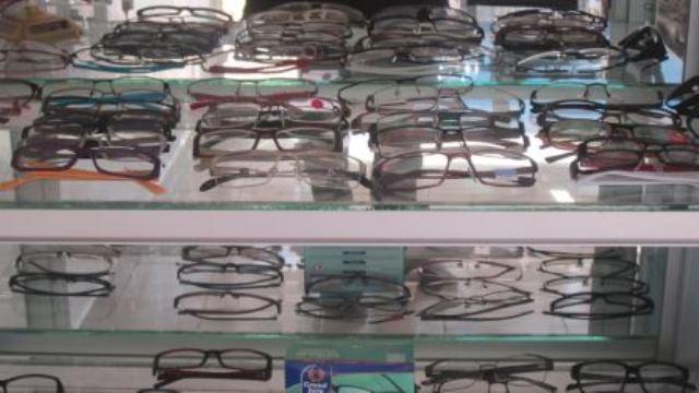 Optique le Cristallin,lunettes en vrac