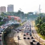 « Compact », c'est le nom du programme de coopération que les Etats-Unis sont en passe d'accorder à la Côte d'Ivoire. © fr.zil/CC/Wikimedias Commons.Abidjan Boulevard De Gaulle