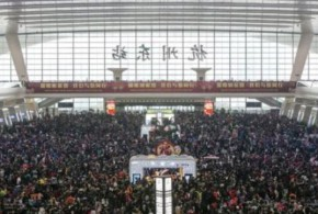 Chine: une vague de froid bloque des milliers de voyageurs