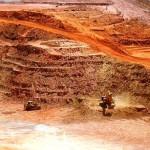 Une carrière d'exploitation minière.
