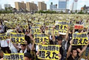 Japon: des milliers de protestataires contre les bases américaines à Okinawa