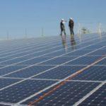 Le projet Sénergy au Sénégal. Situé à Méouane, dans la région de Thiès, cette centrale devrait produire 30 mégawatts d'énergie solaire. © ©GettyImages/acques LOIC