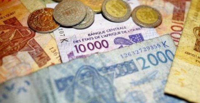 Prélèvement d'une taxe de 50 F au lieu de 25 F sur tout versement bancaire en espèces au Burkina à compter du 20 mars 2018
