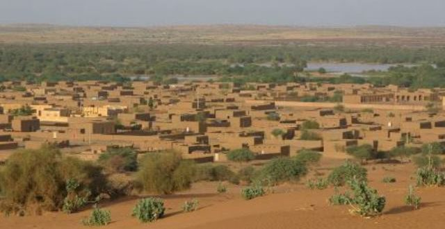 Mali: un convoi de l'armée disparaît après une attaque près de Ménaka