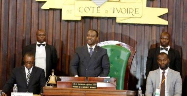 Côte d'Ivoire: limogeages et tensions au sein de la coalition au pouvoir