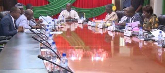 Séance de travail sur la Commande publique et projets PPP au Burkina
