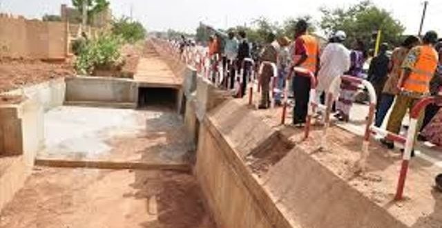Travaux d'entretien routier à Ouagadougou:des consignes de sécurité à respecter
