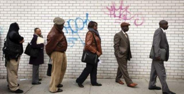 États-Unis: les inscriptions au chômage au plus bas avec le redressement de l'économie